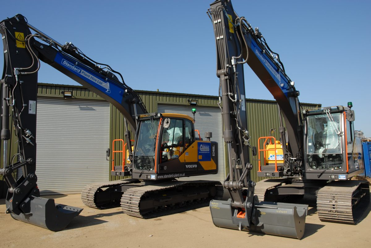 Standard Plant Hire builds their fleet with 10 new Volvo excavators