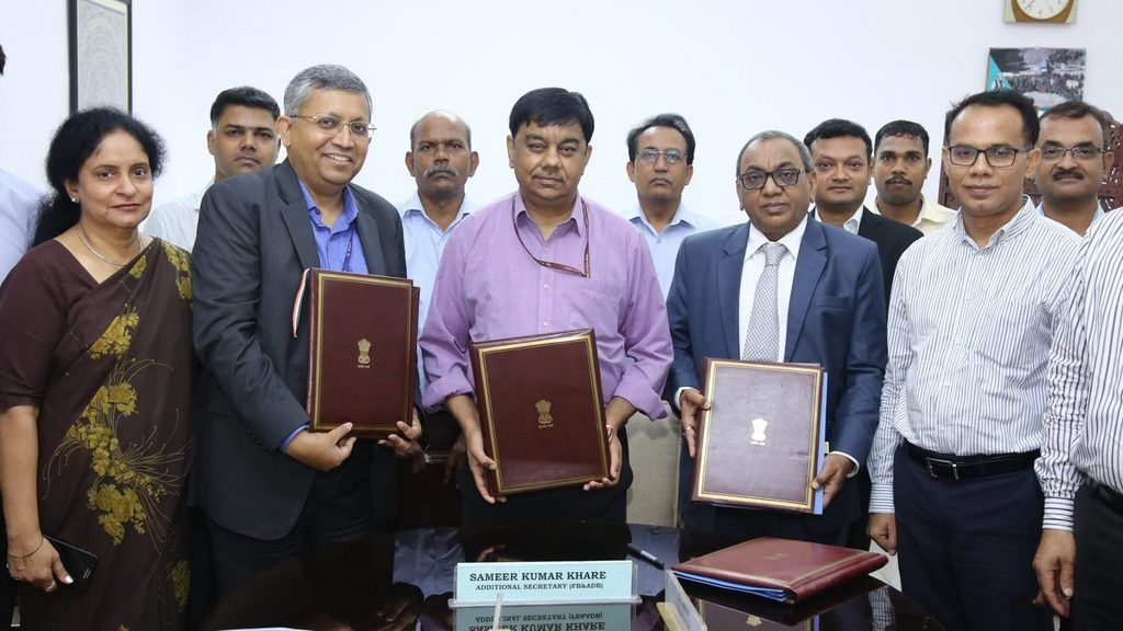 Additional Secretary (Fund Bank and ADB) for the Department of Economic Affairs in the Ministry of Finance Mr. Sameer Kumar Khare; ADB Deputy Country Director for India Mr. Sabyasachi Mitra; and Chhattisgarh's Engineer-in-Chief and Project Director Mr. D. K. Agarwal during the signing of the loan agreement.