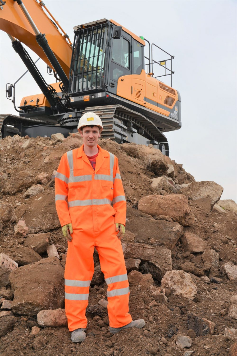 Steve Ford with his brand new Hyundai HX300L Excavator