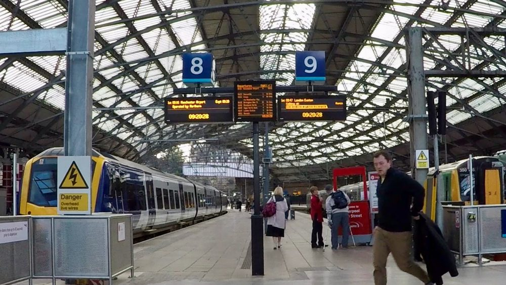 Platforms 8 and 9 at Liverpool Lime Street station