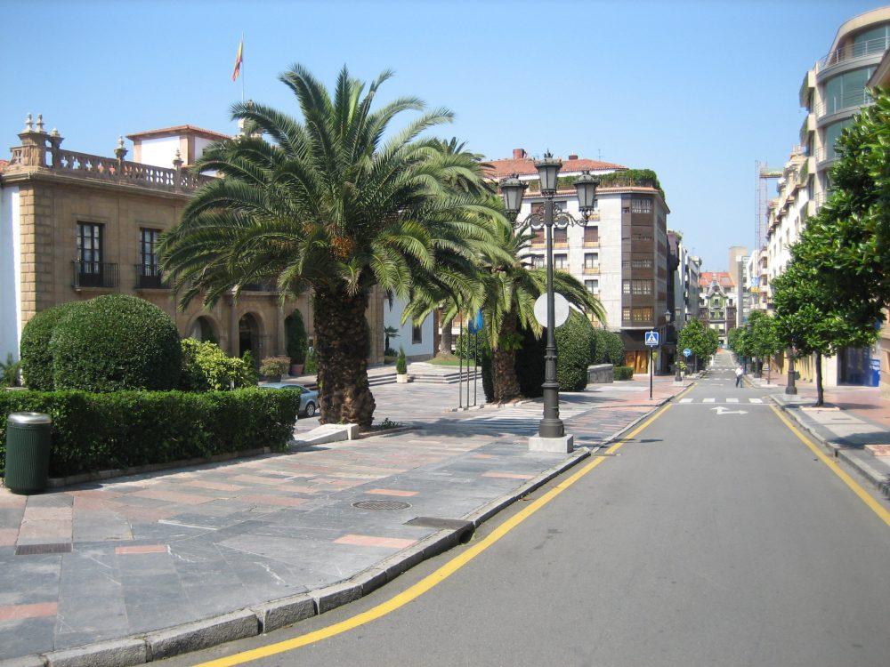 Oviedo - Photo by Luis Villa del Campo
