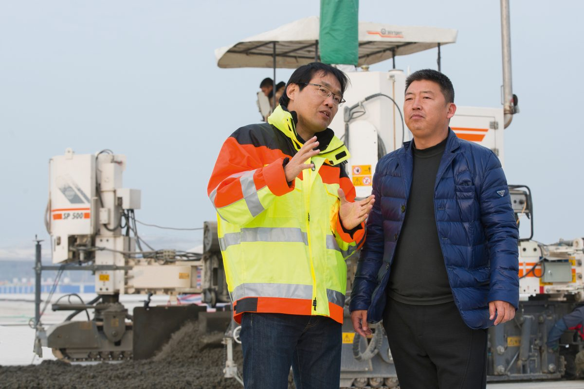 New Beijing International Airport gets precision aprons with Wirtgen Slipform Pavers