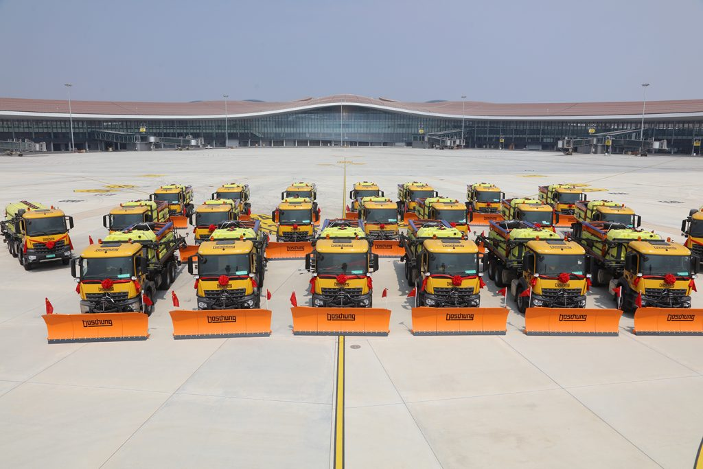 Boschung delivers 22 airport de-icers to the new Beijing Daxing International Airport