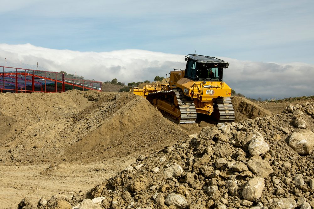 The bulldozer delivers next gen performance and productivity-boosting tech