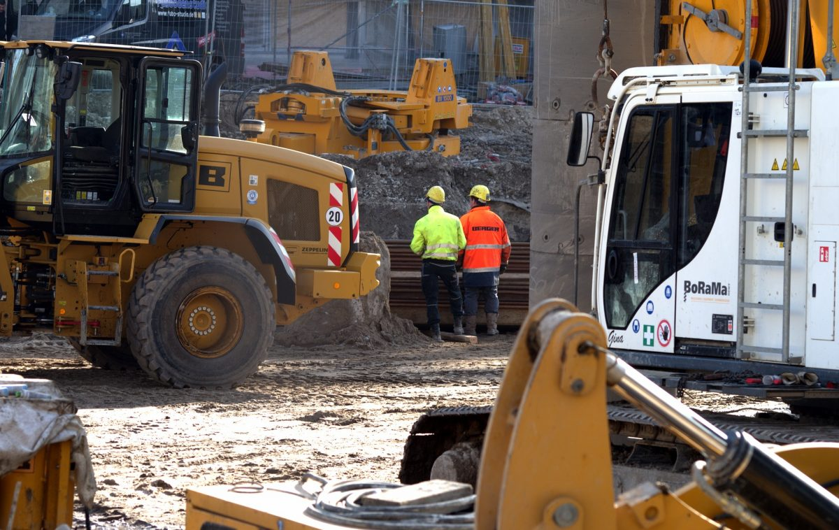 Steady recovery in the construction industry hampered by a shortage of skilled workers