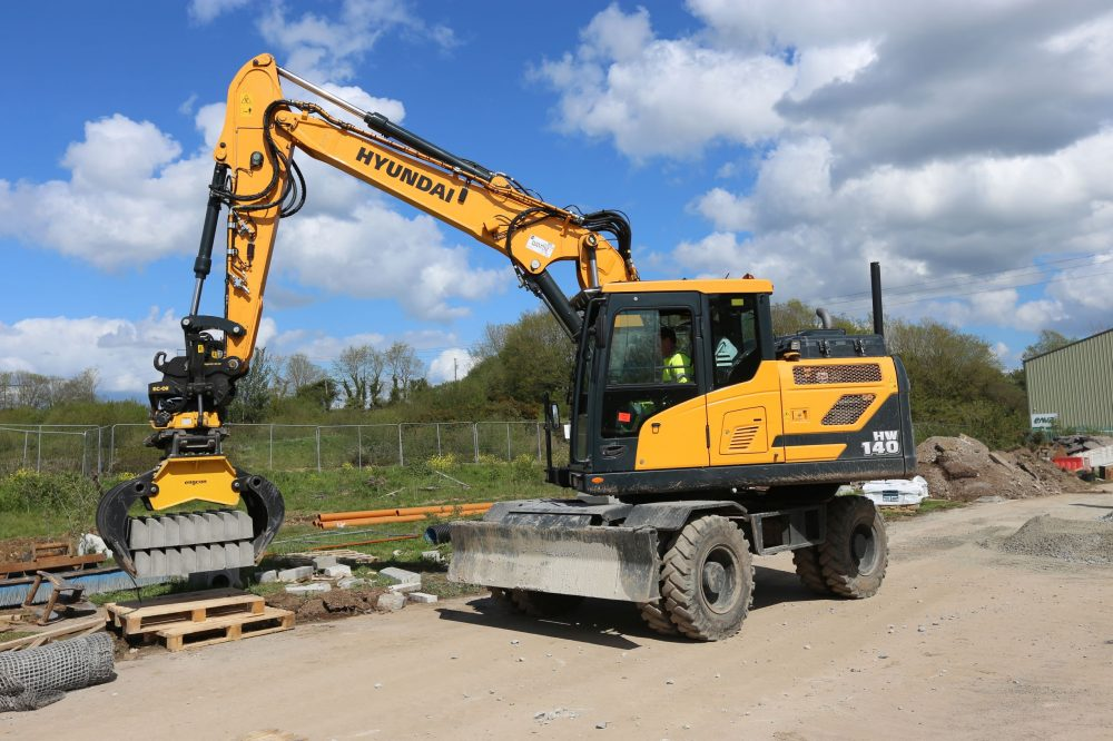 Collins Plant Hire boosts productivity with custom hi-tech Hyundai Excavator