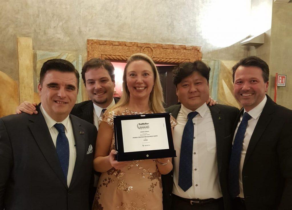 Hyundai wins Medium Wheel Loader Technical Innovation Award at Samoter