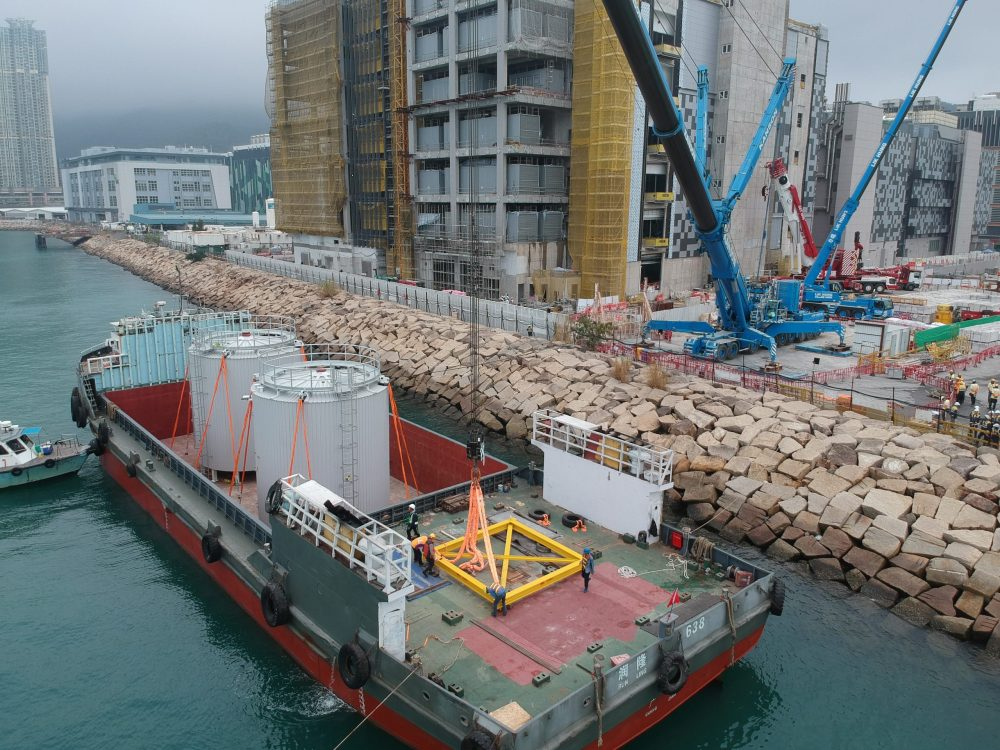 Gammon installs the heaviest DfMA Thermal Tanks in Hong Kong