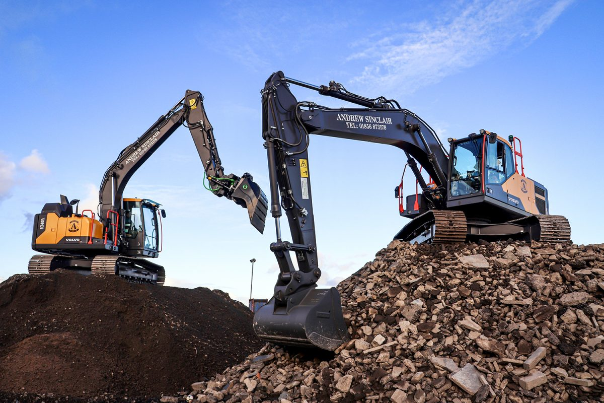 Andrew Sinclair Contractors opt for more reliable Volvo Excavators