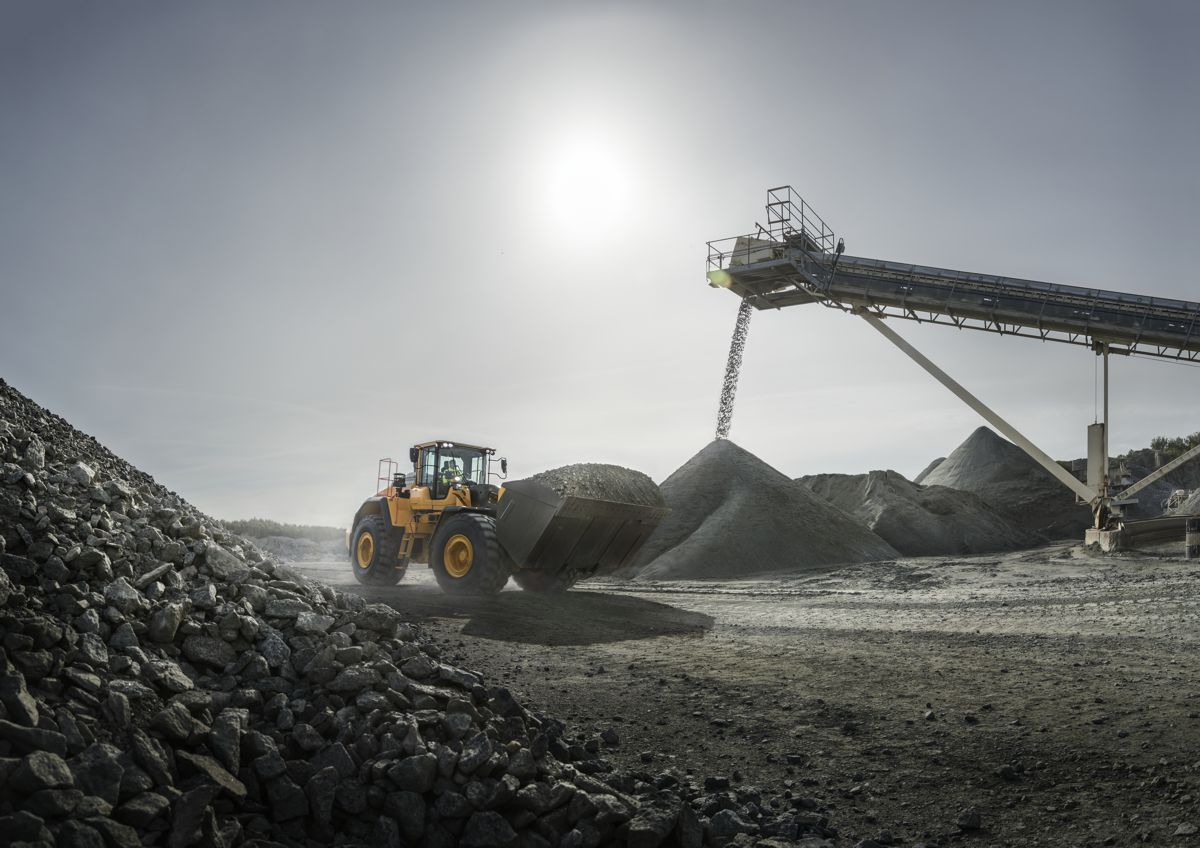 VolvoCE's 4 top tips to prolong the life of your wheel loader