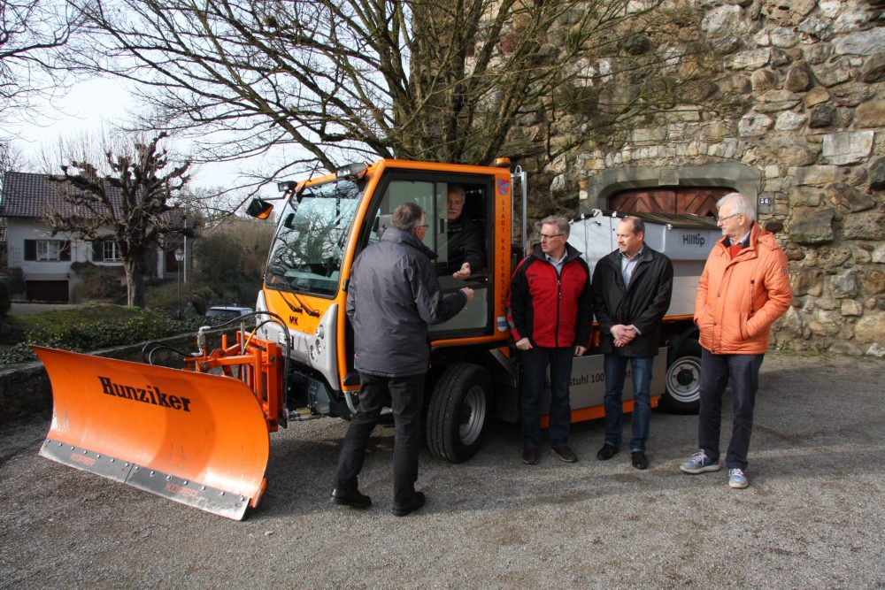 Electrical MK-Reform Boki implement carrier takes to the streets in Switzerland