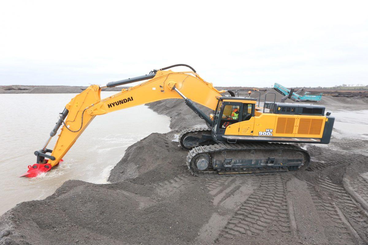 Hyundai 90-tonne HX900L Excavator digging deep in Ireland