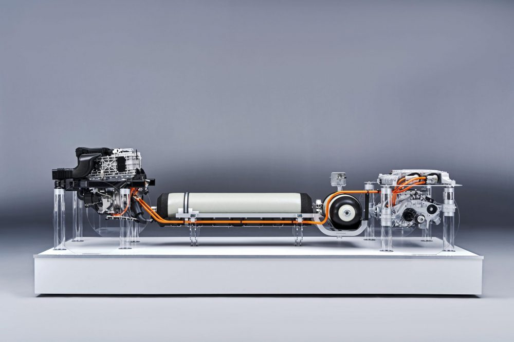 BMW shows commitment to hydrogen fuel-cells with i Hydrogen NEXT powertrain