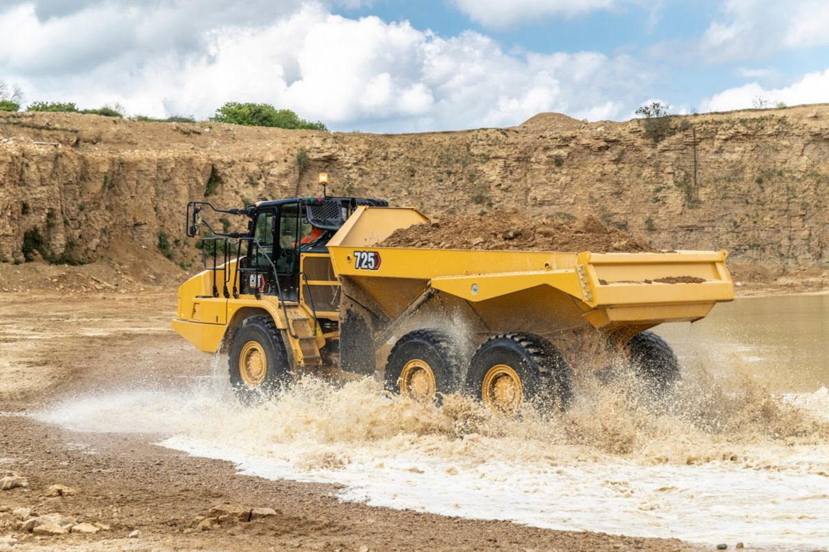 CAT 725 Articulated Truck delivers performance with 50 percent less operator input