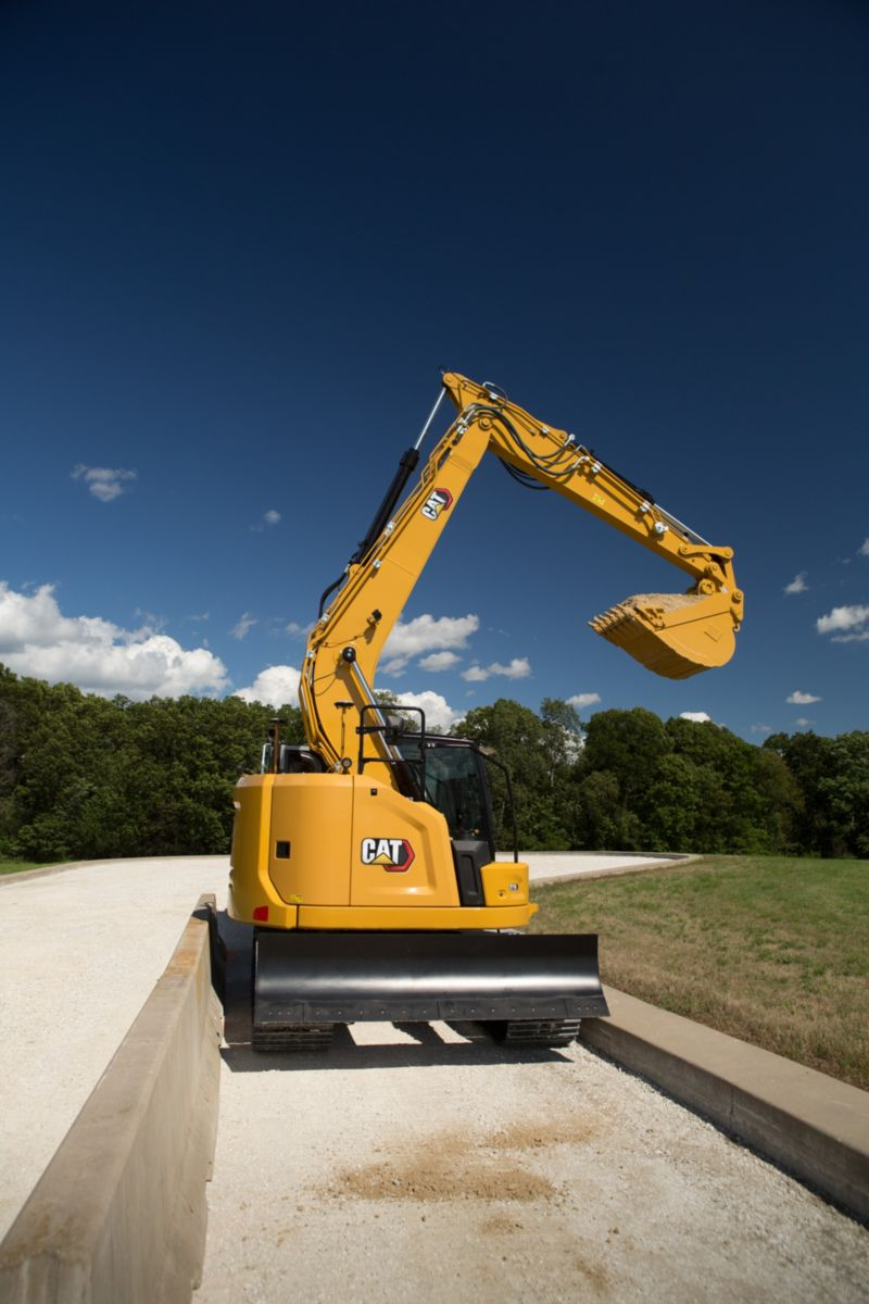 New Cat 315 small Excavator design delivers big productivity and efficiency