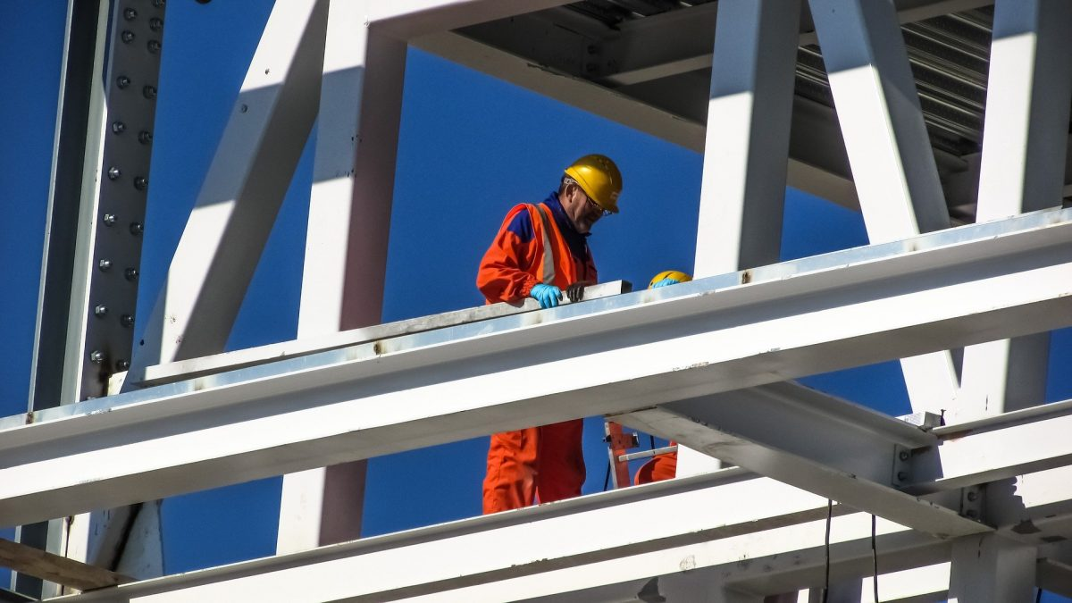 COINS offering free online Wellbeing Workshops for Construction Workers