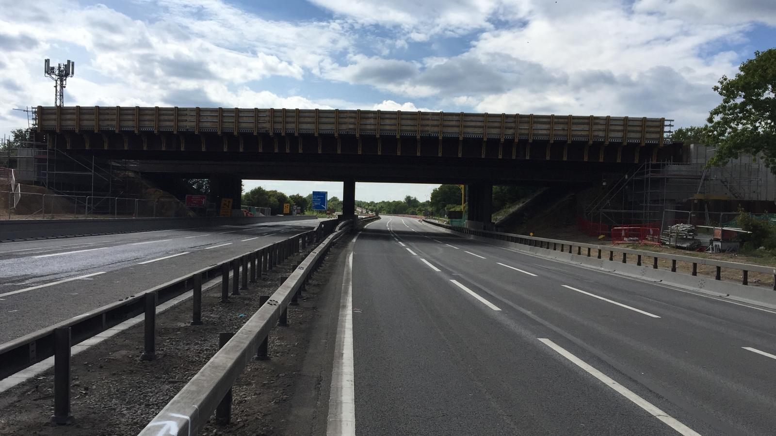 Highways England install two new bridges over the M4 motorway in one weekend