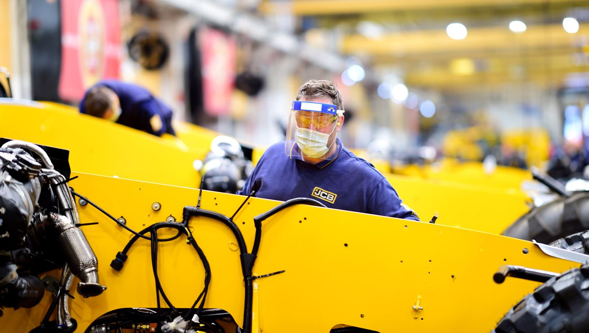 JCB resumes production with comprehensive safety measures in place