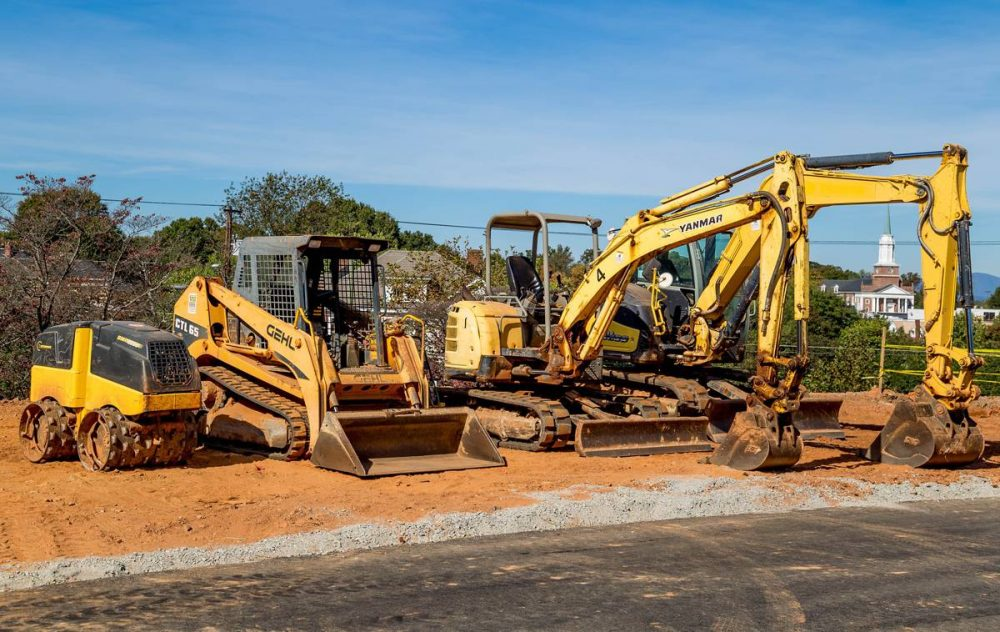 Using a CMMS for heavy machinery lubrication work