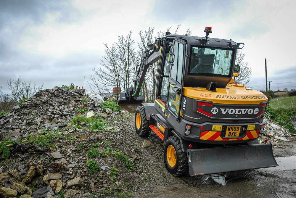 VolvoCE EW60E Excavator delivers on mobility and power for ACS Building Services