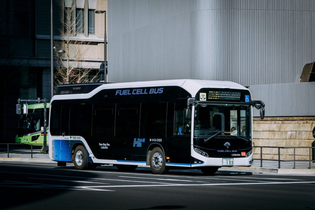 Hydrogen Fuel Cell Bus - Photo by Hans Johnson