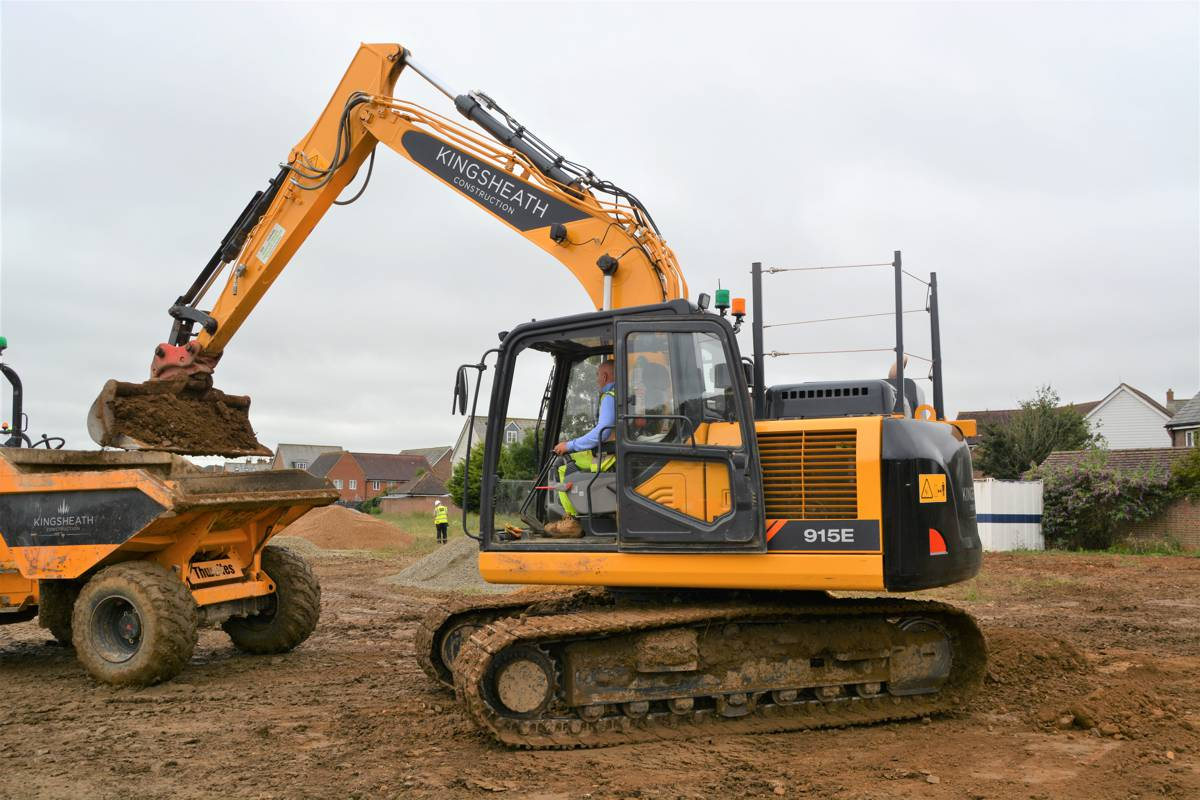 Kingsheath Construction invest in a fleet of LiuGong excavators