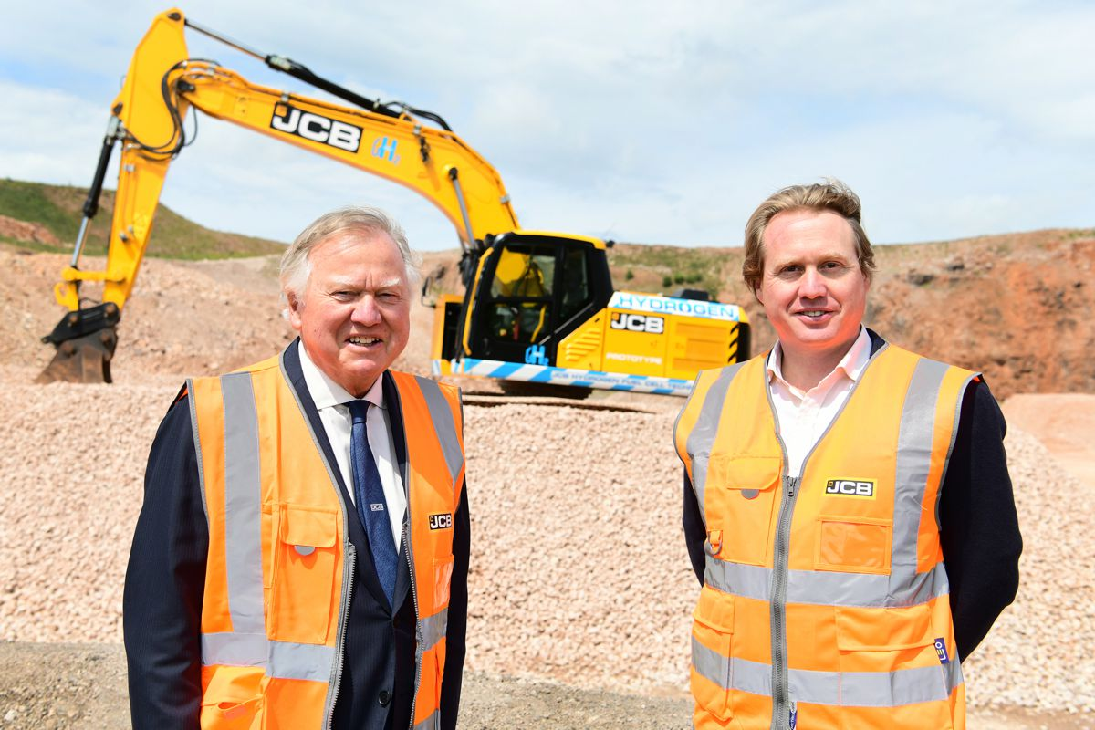 JCB leading the way with Hydrogen fuelled excavator