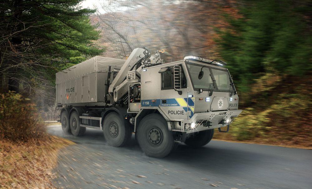 Tatra Force 8x8 Policie