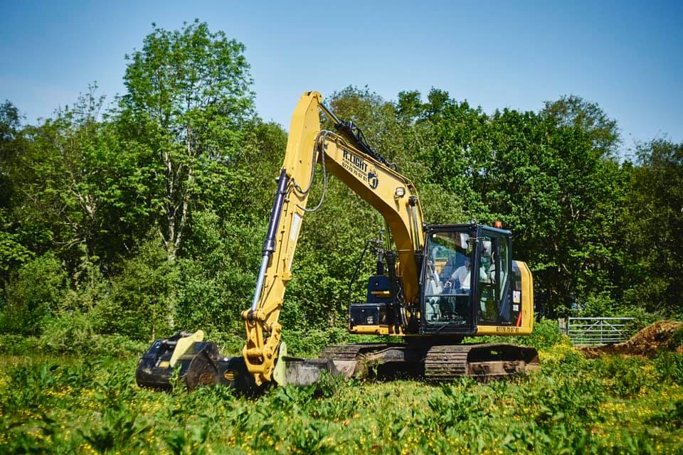 Top tips for buying pre-loved used construction equipment