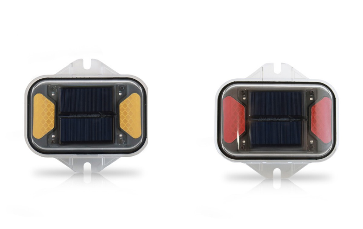JW Speaker introduces powerful Solar LED Flasher Lights for obstructions and hazards