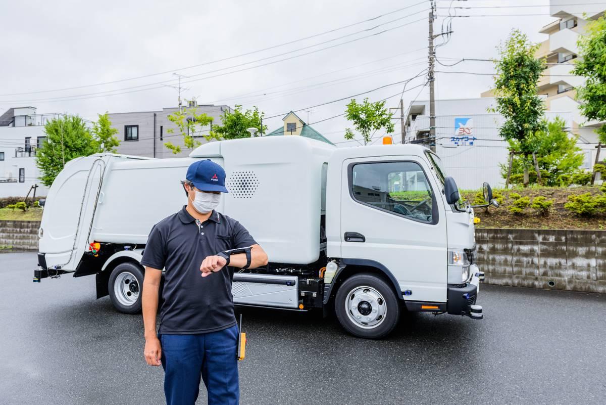 Daimler FUSO demonstrates eCanter SensorCollect refuse truck
