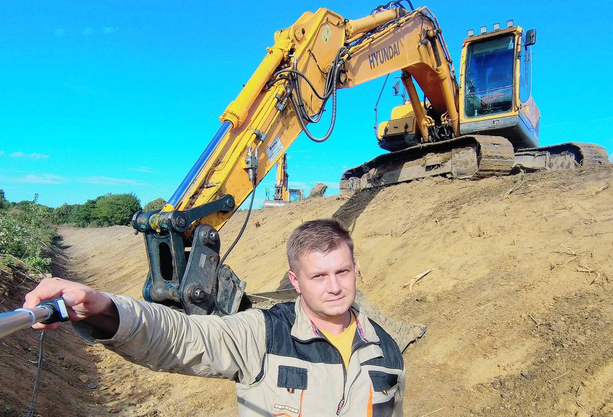 Brutal Digger puts Hyundai to the test in Russia