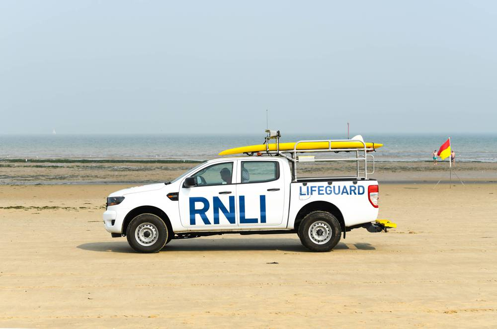 Ford teams up with the RNLI to promote water safety messaging at the beach
