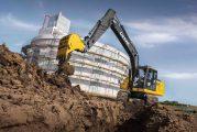 John Deere expands Excavator range with 200G machine