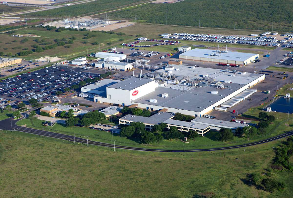 Texas celebrates 40 years of Peterbilt truck manufacturing