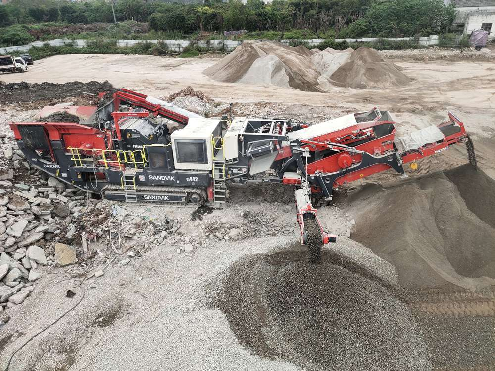 Sandvik QI442 HS Mobile Crusher proves to be a multifunctional success in China
