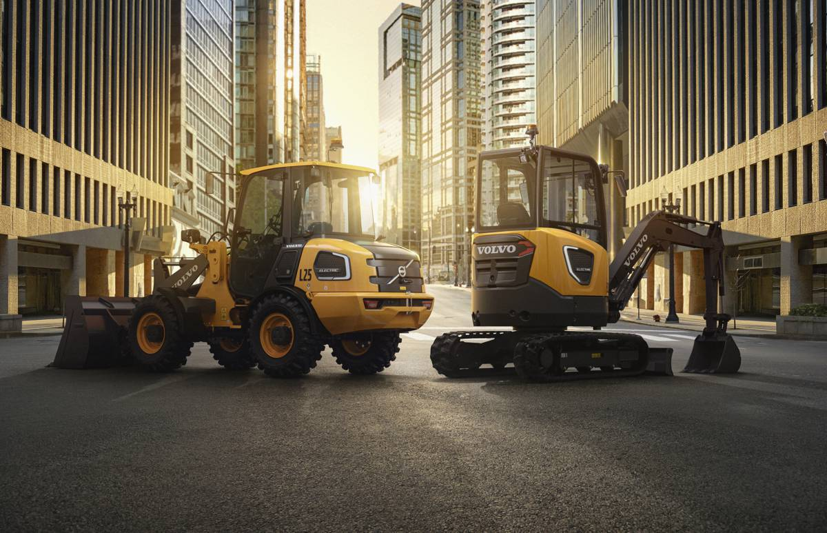 VolvoCE electric machines available online in North America starting 19th August