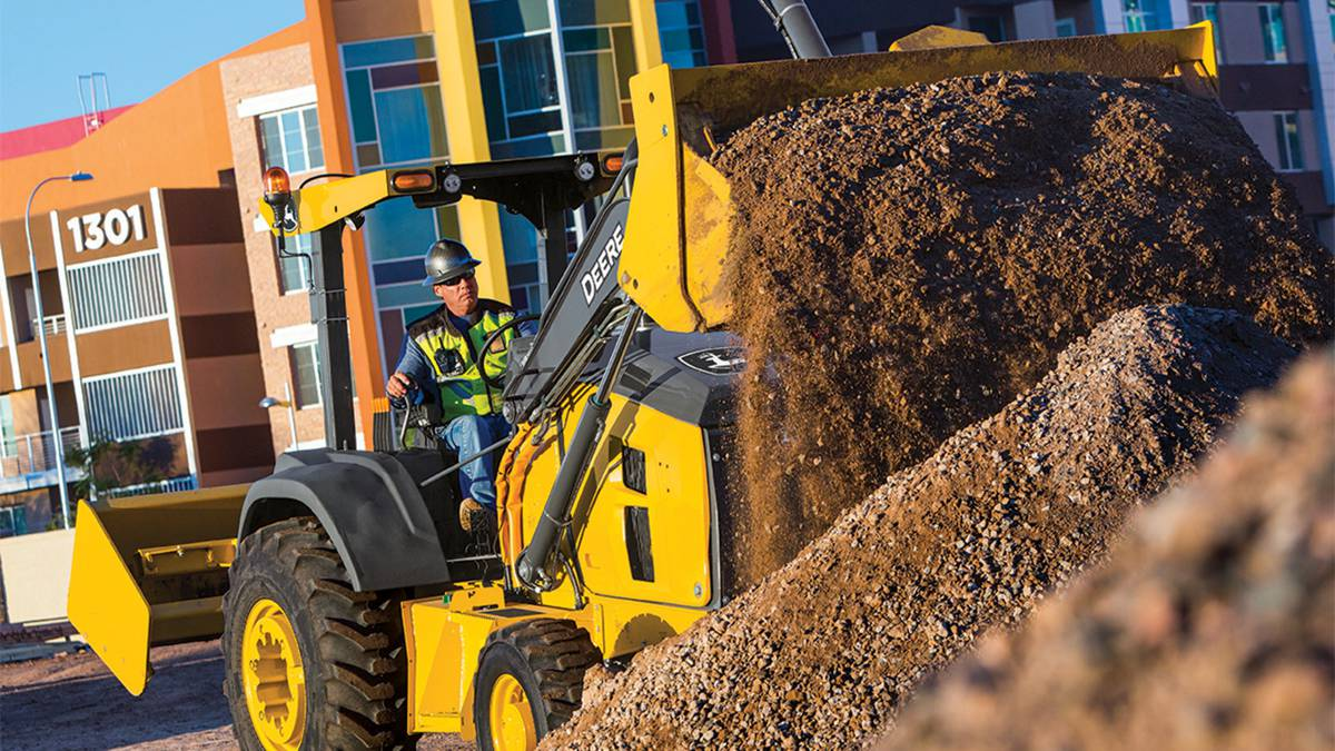 John Deere announces Grade Control for L-Series Tractor Loaders