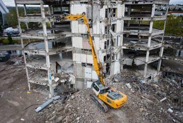 Liebherr launches R940 Demolition Crawler Excavator to replace R944C