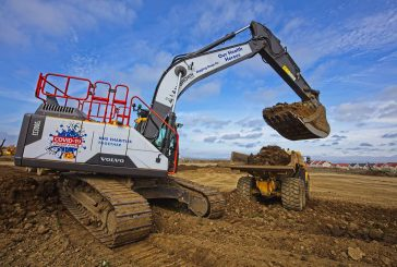 Scottish contractor extends fleet with 30 tonne Volvo EC300E Excavator