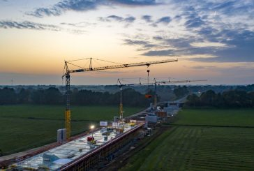 Four Liebherr cranes support bridge construction in North West Germany