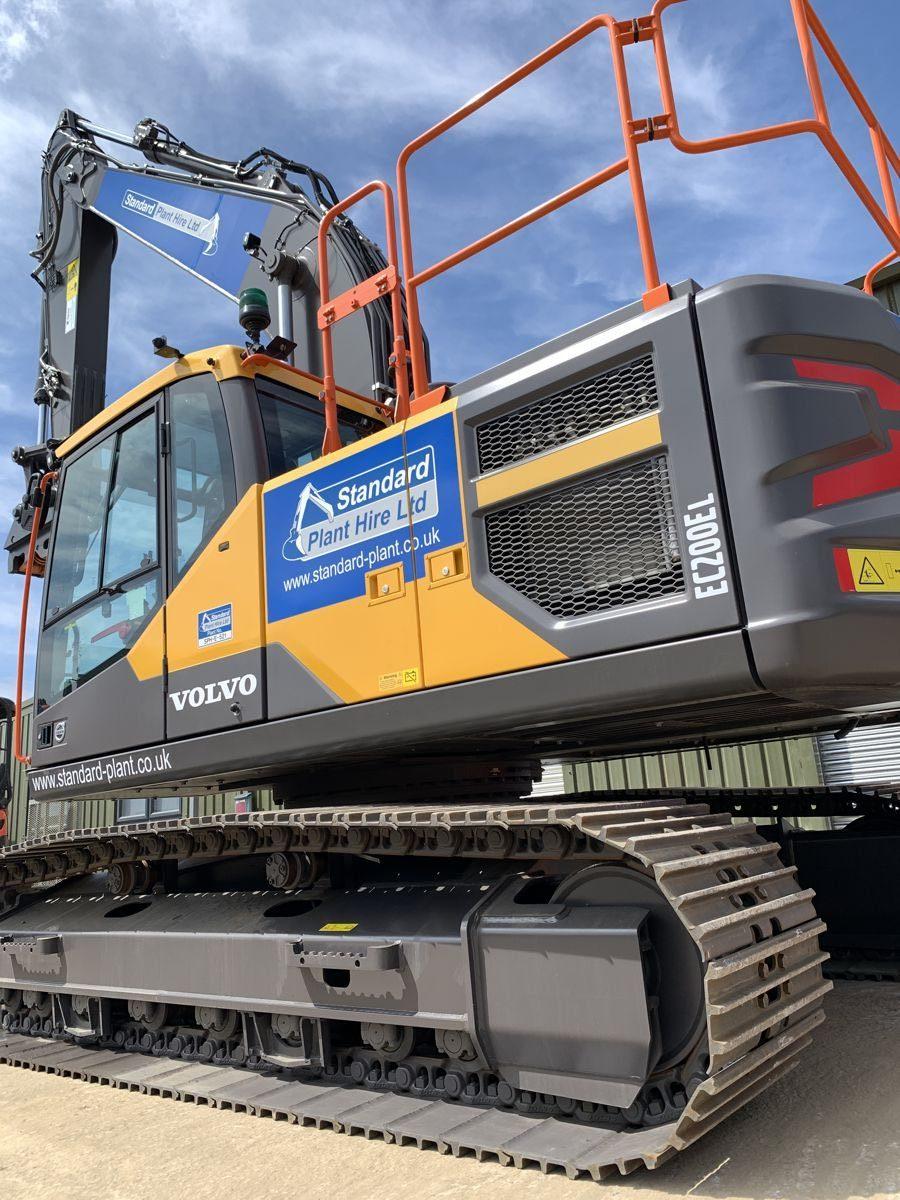 Standard Plant Hire expands fleet with VolvoCE Excavators