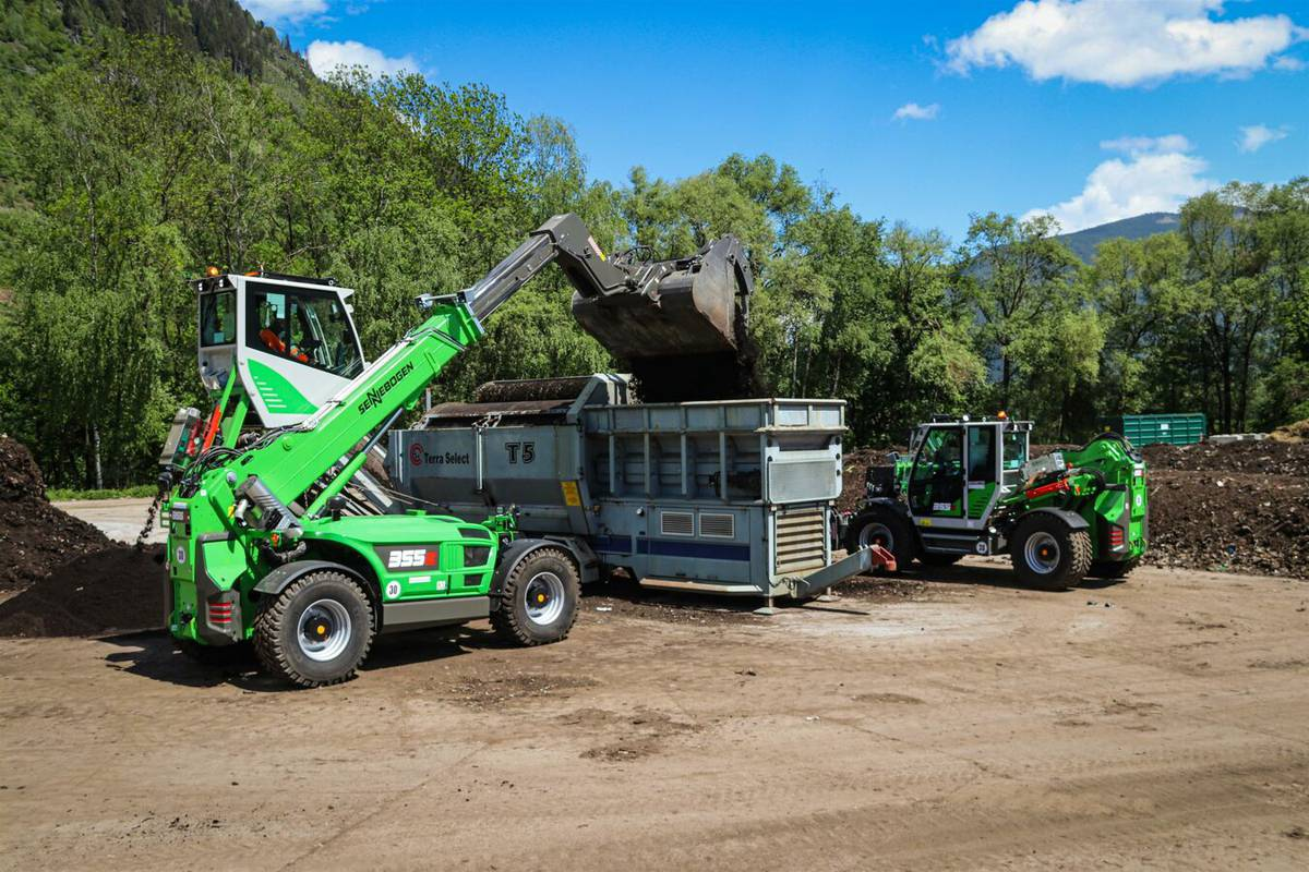 Thanks to the huge versatility of the SENNEBOGEN telehandlers, AWV Liezen needs one less machine than previously. The range of tasks previously carried out by three wheel loaders are now done by just two SENNEBOGEN telehandlers.