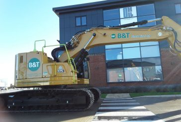 BandT Plant Hire receives first Cat 325 2D excavators in the UK