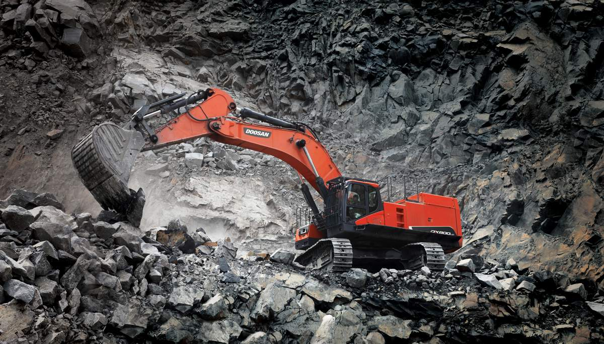 Doosan releases their largest and most powerful excavator for mining and construction