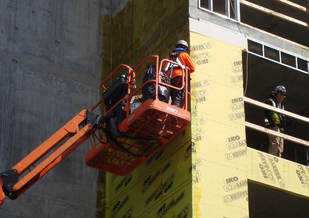Borgman Capital acquires Wisconsin based Aerial Work Platforms