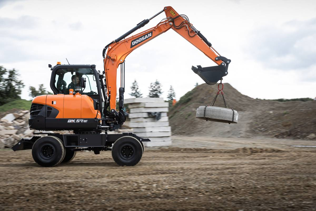 Doosan launches DX57W-7 Wheeled Excavator with DoosanCONNECT