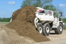 Philippi-Hagenbuch custom rear-eject hauler bodies increase safety and productivity