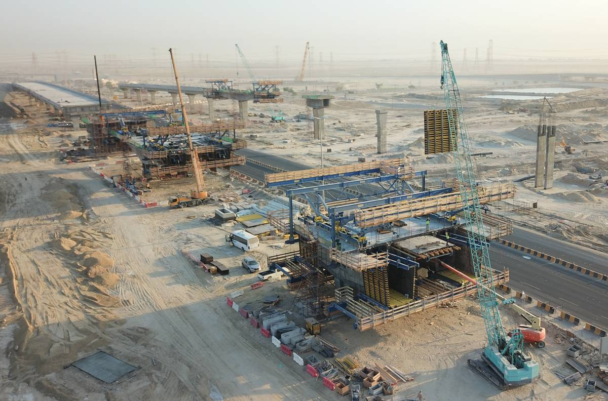Kuwait builds first in-situ cantilever bridge project with Doka Formwork