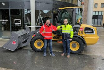 VolvoCE delivers first Electric Compact machines ordered at bauma